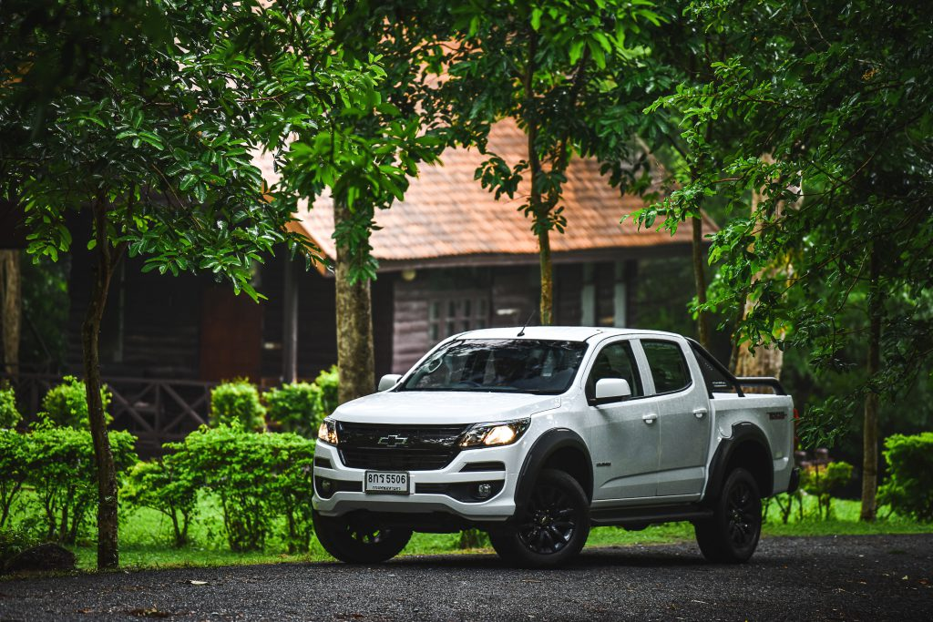 Chevrolet Colorado Trail Boss_F3Q forest 2